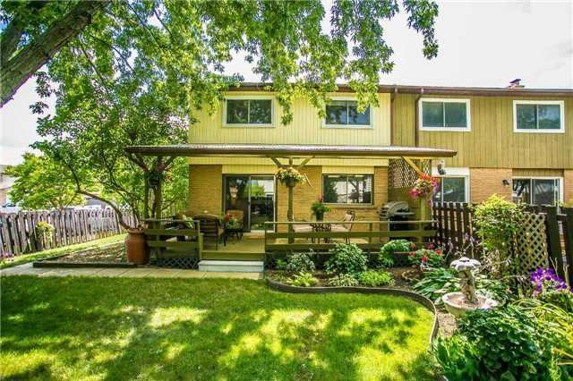 Semi-detached at 6266 Atherly Cres, Mississauga, Ontario. Image 11