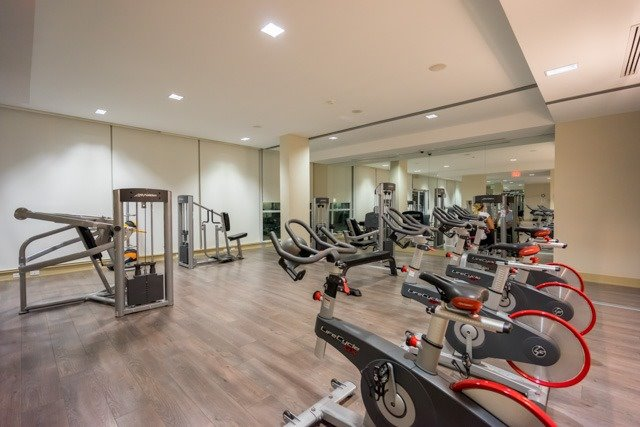 Condo Apartment at 4099 Brickstone Mews, Unit 3101, Mississauga, Ontario. Image 8