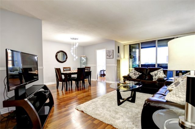 Condo Apartment at 714 The West Mall Rd, Unit 601, Toronto, Ontario. Image 18