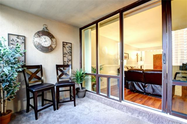 Condo Apartment at 714 The West Mall Rd, Unit 601, Toronto, Ontario. Image 20