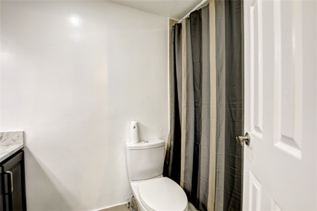 Condo Apartment at 714 The West Mall Rd, Unit 601, Toronto, Ontario. Image 8