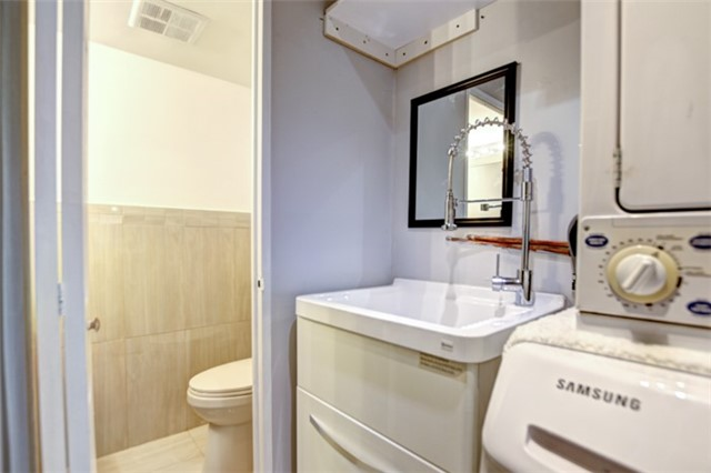 Condo Apartment at 714 The West Mall Rd, Unit 601, Toronto, Ontario. Image 13