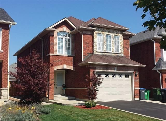 Detached at 339 Ellwood W Dr, Caledon, Ontario. Image 1