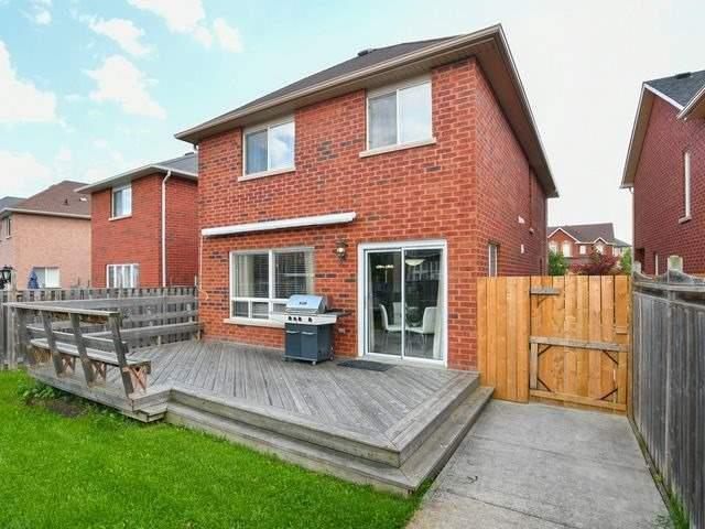 Detached at 339 Ellwood W Dr, Caledon, Ontario. Image 11