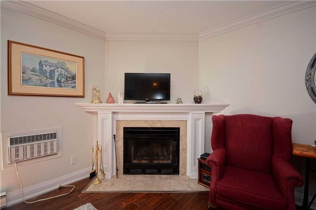 Condo Apartment at 1450 Glen Abbey Gate, Oakville, Ontario. Image 14