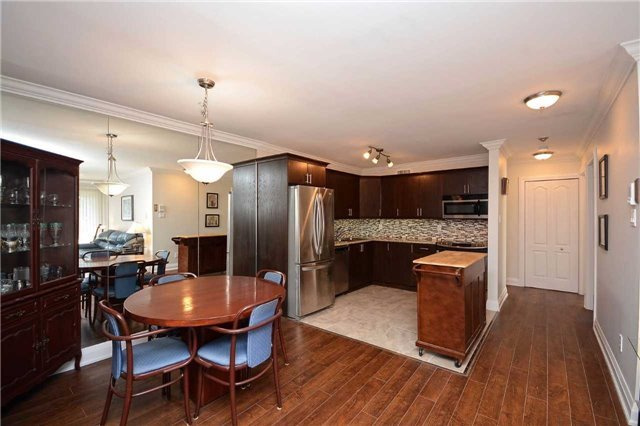 Condo Apartment at 1450 Glen Abbey Gate, Oakville, Ontario. Image 16