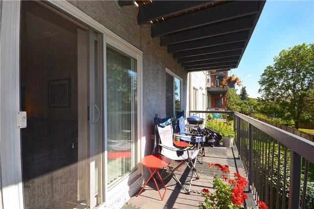 Condo Apartment at 1450 Glen Abbey Gate, Oakville, Ontario. Image 5
