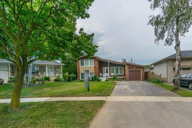 Detached at 35 Norgrove Cres, Toronto, Ontario. Image 1