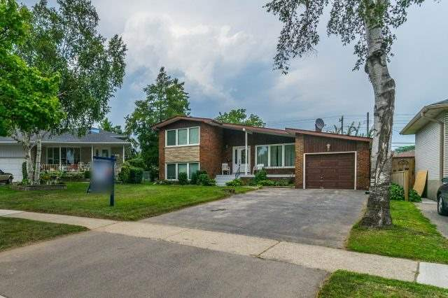 Detached at 35 Norgrove Cres, Toronto, Ontario. Image 12