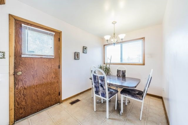 Detached at 35 Norgrove Cres, Toronto, Ontario. Image 6