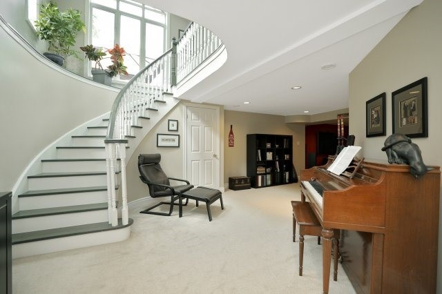 Detached at 1379 Chedboro Cres, Oakville, Ontario. Image 10