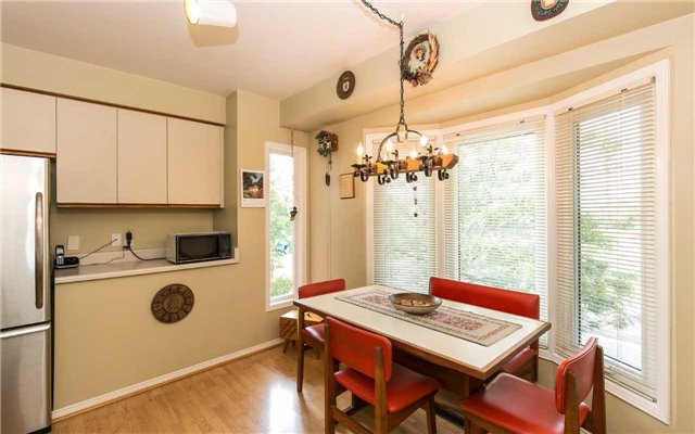 Townhouse at 1570 Litchfield Rd, Oakville, Ontario. Image 13