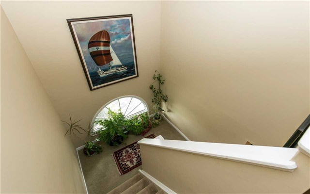 Townhouse at 1570 Litchfield Rd, Oakville, Ontario. Image 6