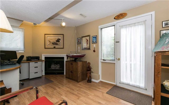 Townhouse at 1570 Litchfield Rd, Oakville, Ontario. Image 7