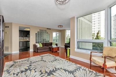 Condo Apartment at 8 Lisa St, Brampton, Ontario. Image 12