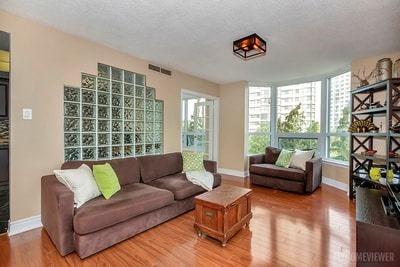 Condo Apartment at 8 Lisa St, Brampton, Ontario. Image 15