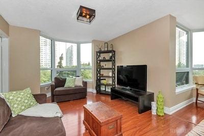 Condo Apartment at 8 Lisa St, Brampton, Ontario. Image 16