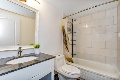 Condo Apartment at 8 Lisa St, Brampton, Ontario. Image 8