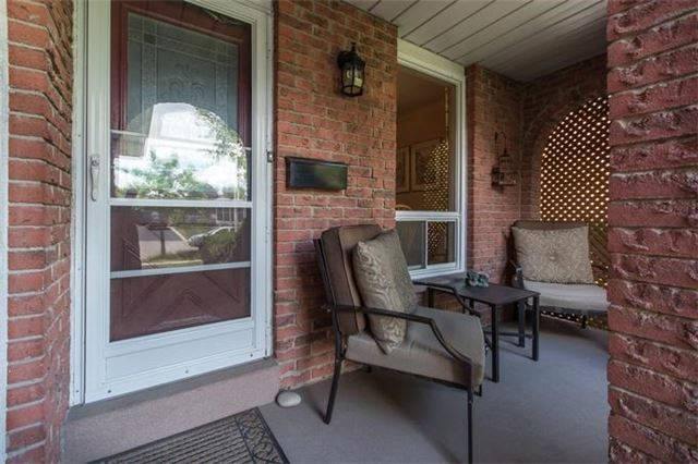 Detached at 531 Beaver Crt, Milton, Ontario. Image 12