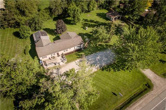 Detached at 2973 Olde Base Line Rd, Caledon, Ontario. Image 14