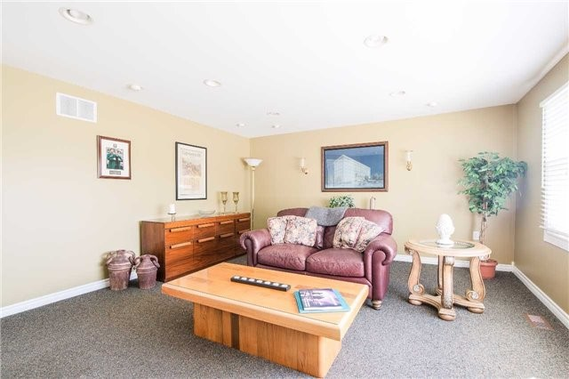 Detached at 2973 Olde Base Line Rd, Caledon, Ontario. Image 2