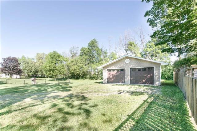Detached at 2973 Olde Base Line Rd, Caledon, Ontario. Image 11