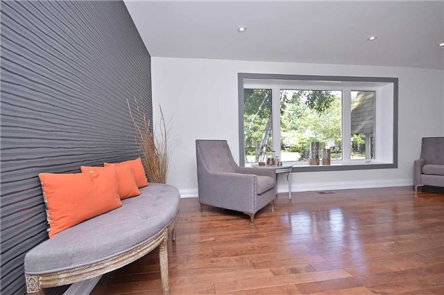 Detached at 236 Chebucto Dr, Oakville, Ontario. Image 14