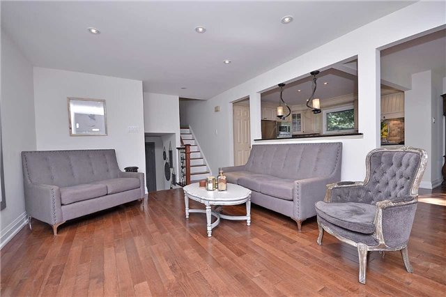 Detached at 236 Chebucto Dr, Oakville, Ontario. Image 15