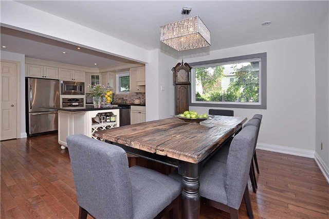 Detached at 236 Chebucto Dr, Oakville, Ontario. Image 17