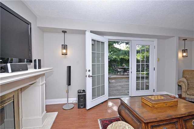 Detached at 236 Chebucto Dr, Oakville, Ontario. Image 20