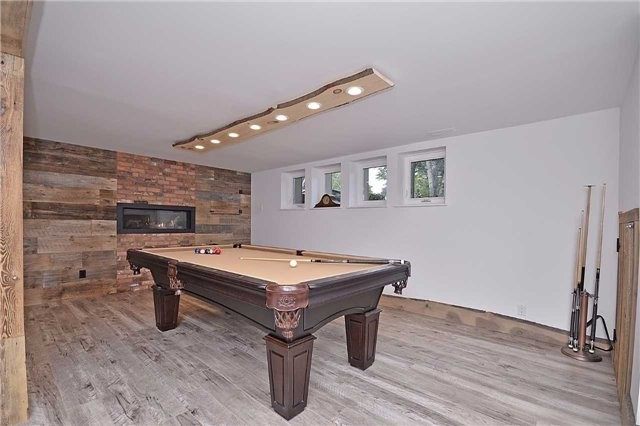 Detached at 236 Chebucto Dr, Oakville, Ontario. Image 9