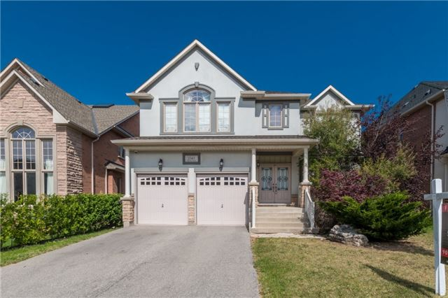 Detached at 2365 Awenda Dr, Oakville, Ontario. Image 1