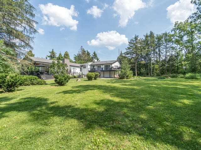 Detached at 2521 Derry Rd, Milton, Ontario. Image 16