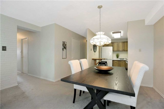 Condo Apartment at 81 Millside Dr, Unit 203, Milton, Ontario. Image 13