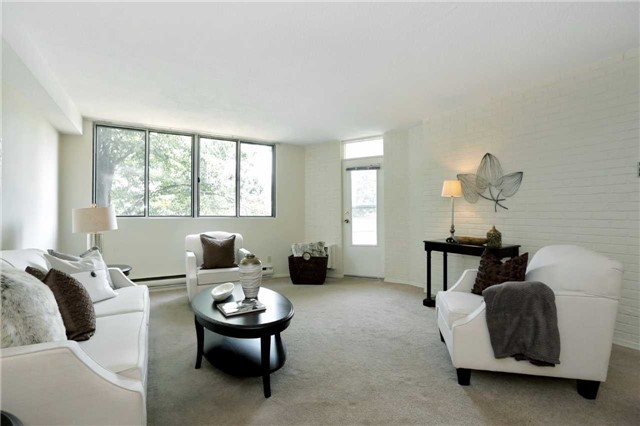 Condo Apartment at 81 Millside Dr, Unit 203, Milton, Ontario. Image 16