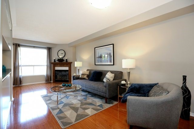 Condo Townhouse at 2350 Grand Ravine Dr, Unit 72, Oakville, Ontario. Image 11