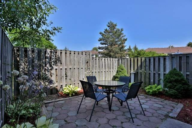 Condo Townhouse at 2350 Grand Ravine Dr, Unit 72, Oakville, Ontario. Image 7