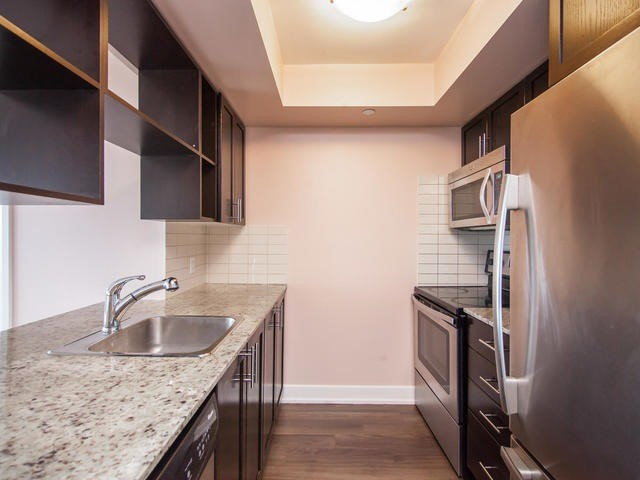 Condo Apartment at 6 Eva Rd, Unit 1807, Toronto, Ontario. Image 2