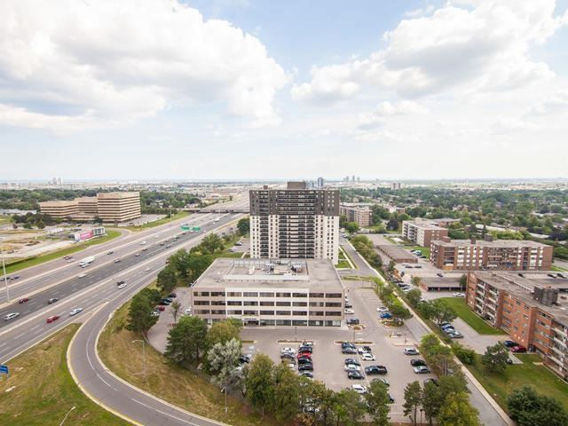 Condo Apartment at 6 Eva Rd, Unit 1807, Toronto, Ontario. Image 7
