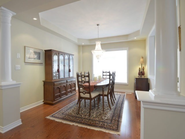 Townhouse at 2393 Wasaga Dr, Oakville, Ontario. Image 16