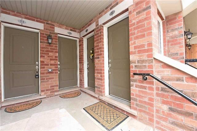 Condo Townhouse at 2476 Post Rd, Unit 8, Oakville, Ontario. Image 12