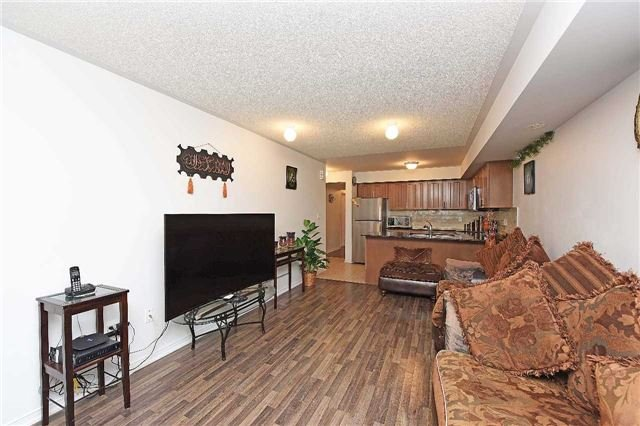 Condo Townhouse at 2476 Post Rd, Unit 8, Oakville, Ontario. Image 15