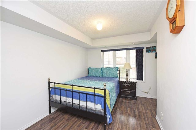 Condo Townhouse at 2476 Post Rd, Unit 8, Oakville, Ontario. Image 20
