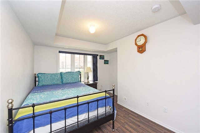 Condo Townhouse at 2476 Post Rd, Unit 8, Oakville, Ontario. Image 2