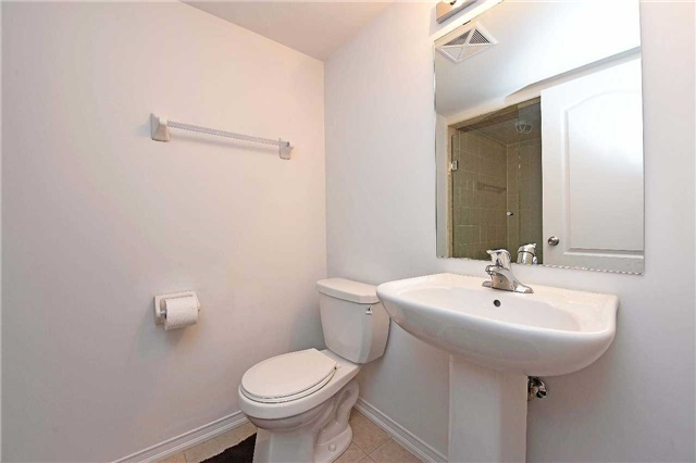 Condo Townhouse at 2476 Post Rd, Unit 8, Oakville, Ontario. Image 5