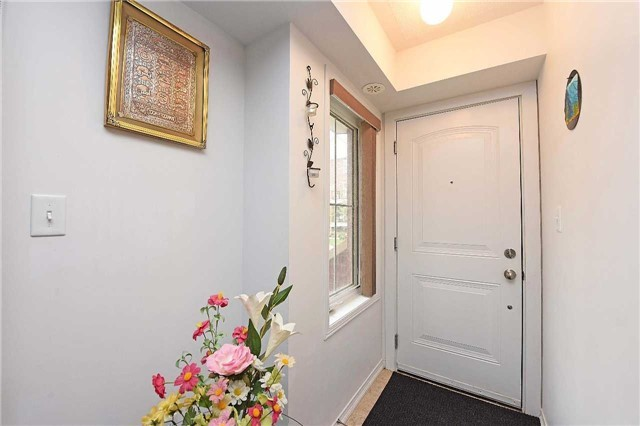 Condo Townhouse at 2476 Post Rd, Unit 8, Oakville, Ontario. Image 7