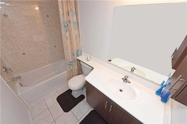 Condo Townhouse at 2476 Post Rd, Unit 8, Oakville, Ontario. Image 10