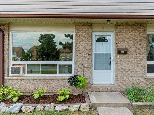Condo Townhouse at 46 Mountainview Rd S, Unit 1, Halton Hills, Ontario. Image 12