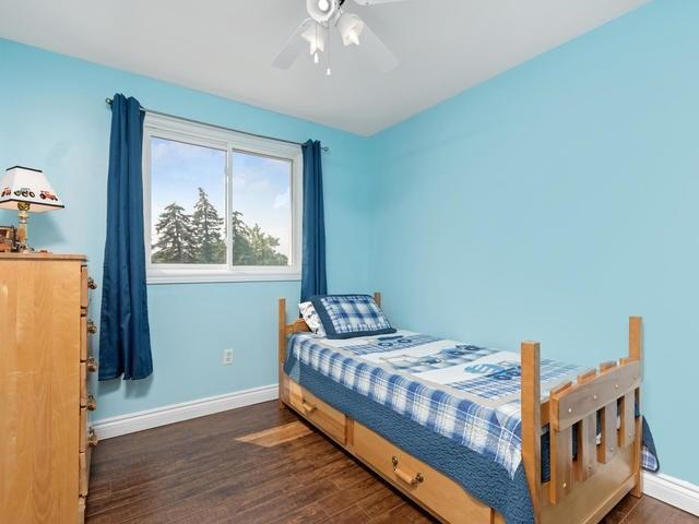 Condo Townhouse at 46 Mountainview Rd S, Unit 1, Halton Hills, Ontario. Image 6