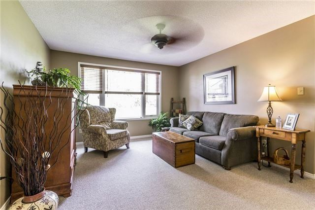 Detached at 12942 Heritage Rd, Caledon, Ontario. Image 14